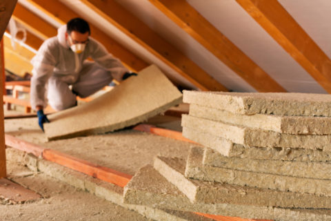 6 Warning Signs that You Need New Attic Insulation