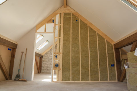5 Helpful Wall Insulation Tips to Get Your Home Ready for Spring